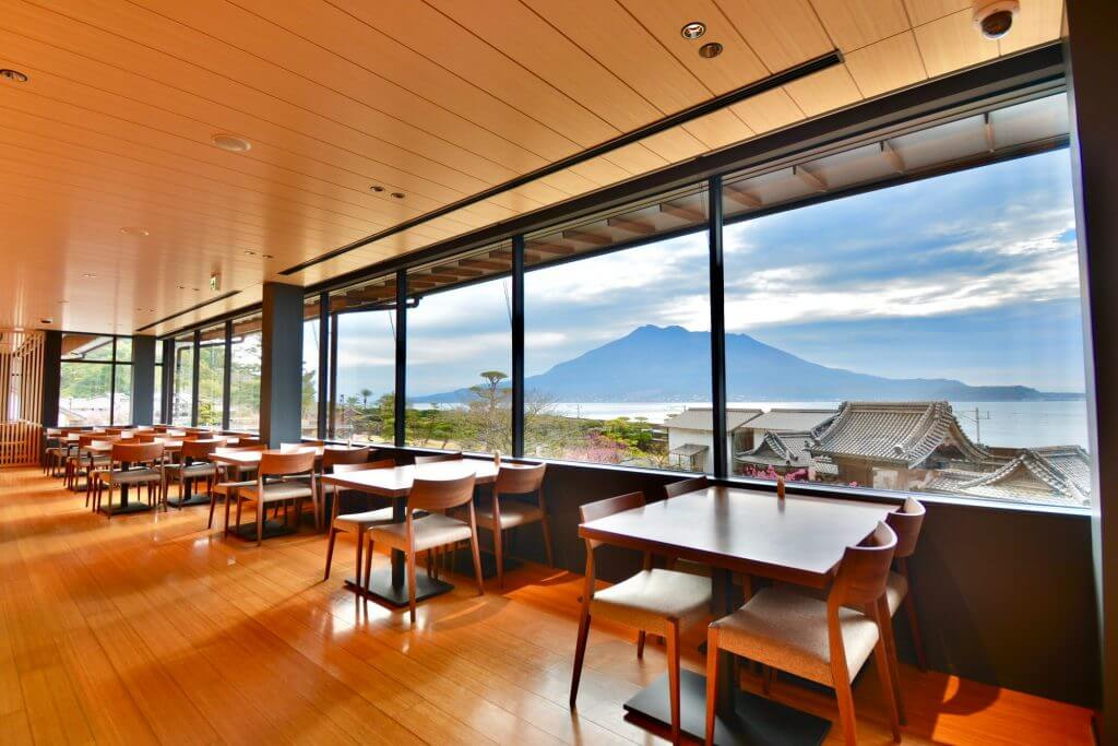 restaurant view of Sakurajima