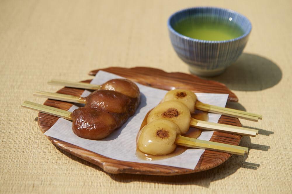 jambo mochi Japanese sweets and Kagoshima green tea