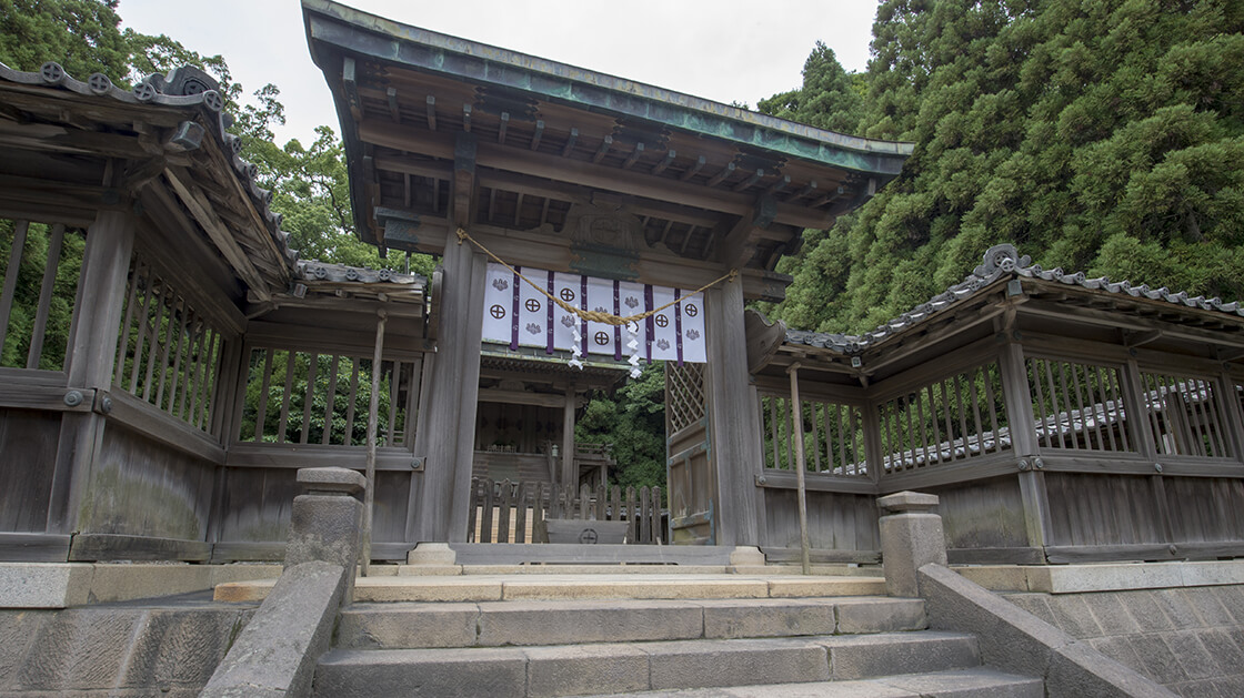 tsurugane shrine