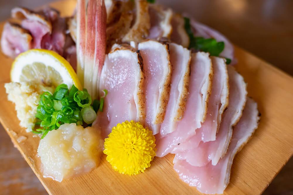 torizashi raw chicken sashimi